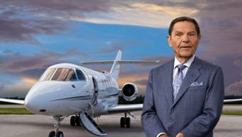 Afbeeldingsresultaat voor Kenneth Copeland and his airplains
